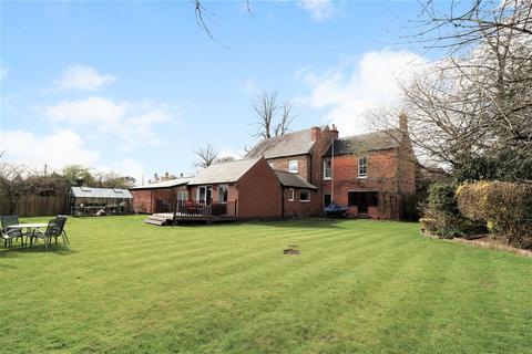 4 bedroom detached house for sale - Main Street, Elloughton, Brough