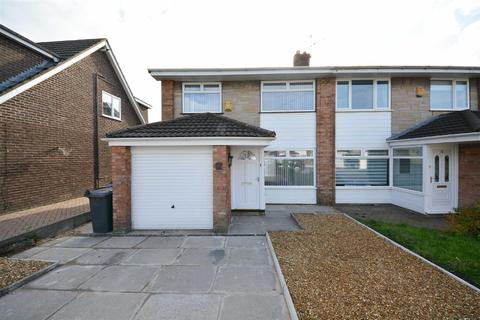 3 bedroom semi-detached house to rent - Robin Hill Drive, Standish, Wigan, WN6 0QW