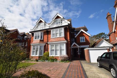 4 bedroom apartment for sale - Denton Road, Eastbourne