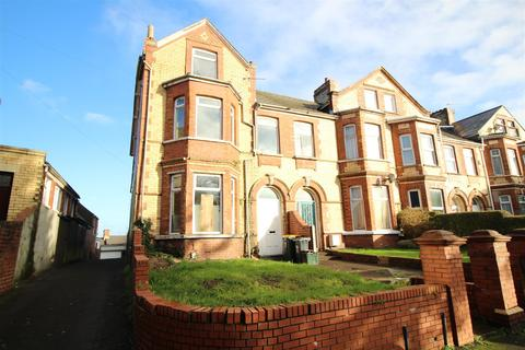 4 bedroom end of terrace house for sale - Ombersley Road, Newport