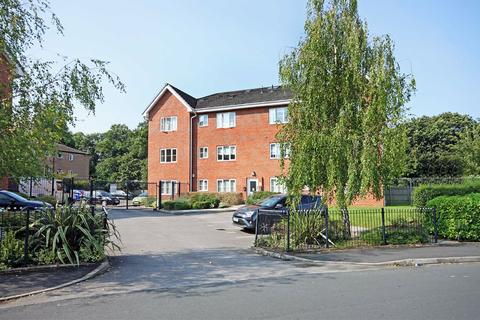 1 bedroom apartment for sale - 2 Gipsey Moth Close, Timperley, Cheshire