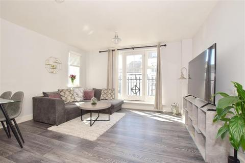 2 bedroom apartment for sale - Updown Hill, Haywards Heath, West Sussex