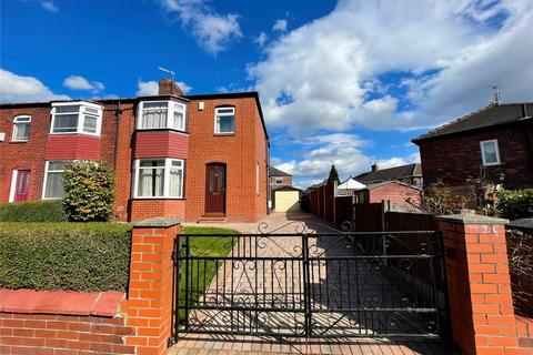 3 bedroom semi-detached house to rent - Victoria Road, Salford, Greater Manchester, M6