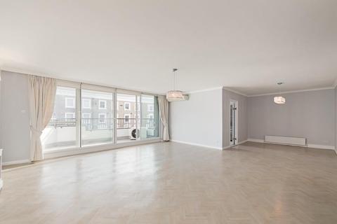 3 bedroom flat to rent - Pier House, Cheyne Walk, London, SW3