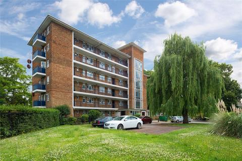 2 bedroom flat for sale - Montgomery Court, St. Thomas Road, London