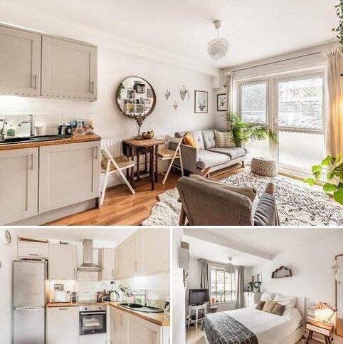 2 bedroom maisonette for sale - Moyser Road, London