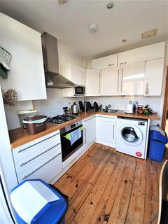 3 bedroom house to rent - London N11