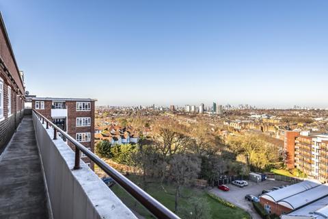 2 bedroom apartment to rent - Albert Drive London SW19