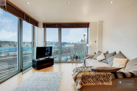 1 bedroom apartment for sale - Maltings Place, 169 Tower Bridge Road, London SE1