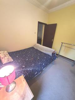 1 bedroom in a house share to rent - 28 Boreham Road, N22 6SP
