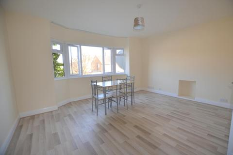 2 bedroom flat to rent - Pentrich Avenue, Enfield