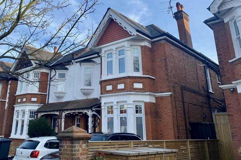 1 bedroom flat to rent - Oakley Avenue, London. W5