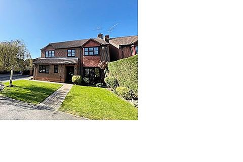 4 bedroom detached house to rent - Maidenhead