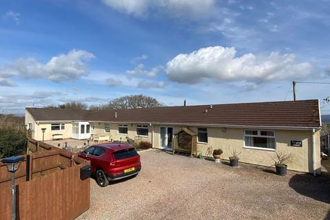 6 bedroom detached house for sale - Homeside, Hensol, The Vale of Glamorgan CF72 8JY