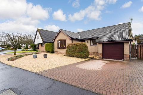 3 bedroom detached bungalow for sale - 11 West Crook Way, Crook Of Devon, Kinross