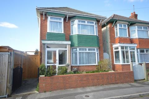 3 bedroom detached house for sale - Somerley Road, Bournemouth