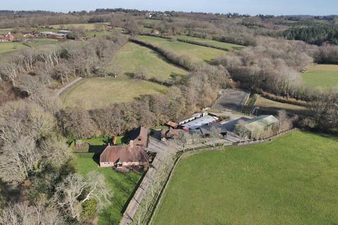 8 bedroom equestrian property for sale - Dog Kennel Lane, Hadlow Down, Uckfield, East Sussex, TN22