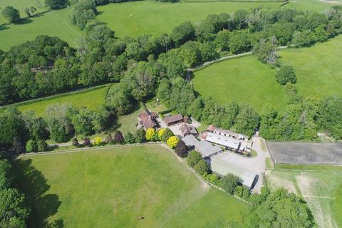 8 bedroom equestrian property for sale - Dog Kennel Lane, Hadlow Down, Uckfield, East Sussex, TN22