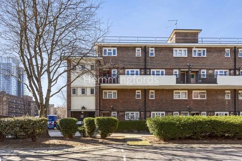 3 bedroom maisonette for sale - Evelyn Walk, London