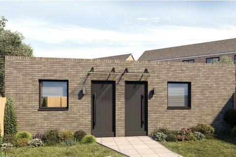 1 bedroom semi-detached house for sale - Chatsworth Road, London, E15