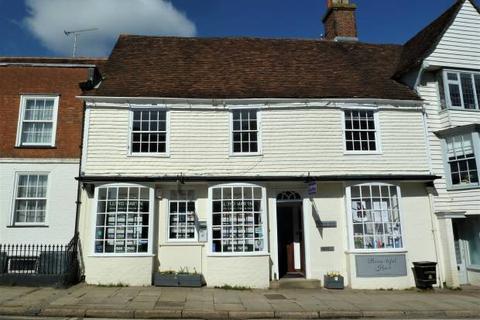 Property to rent - High Street, Cranbrook, Kent TN17 3EE