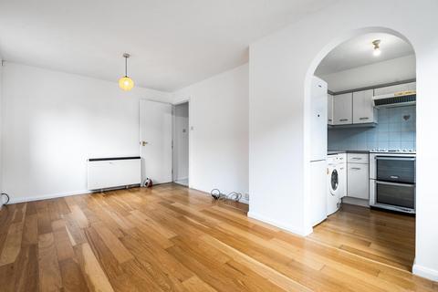 2 bedroom flat for sale - Bramston Road, Earlsfield