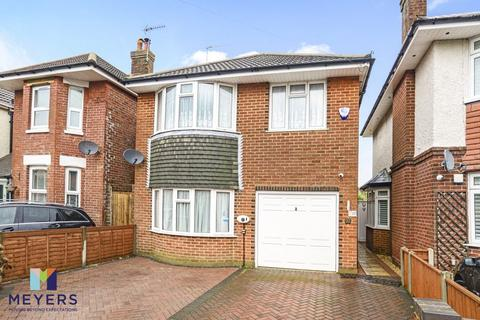 3 bedroom detached house for sale - King George Avenue, Moordown, BH9