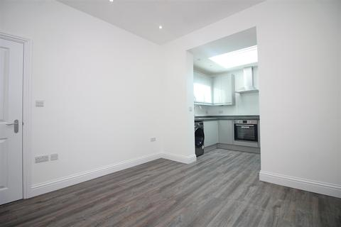 2 bedroom flat to rent - Hoxton Street, London