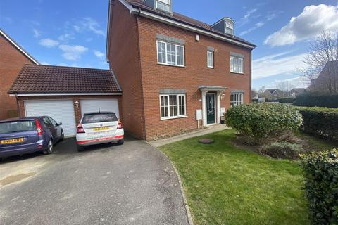 6 bedroom detached house for sale - Edison Drive, Yaxley, Peterborough