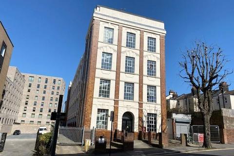 1 bedroom flat to rent - Coombe Road, Brighton
