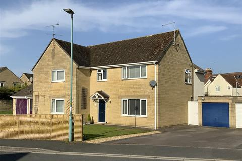 4 bedroom semi-detached house for sale - Alexander Drive, Cirencester