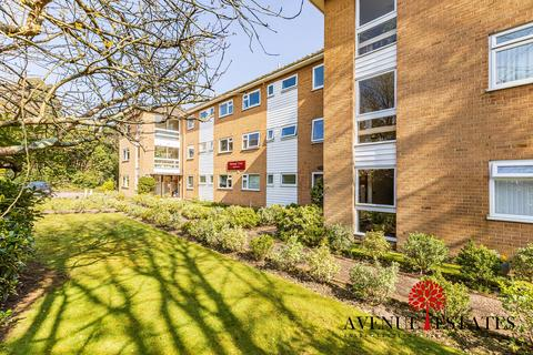 2 bedroom apartment for sale - 13 Dean Park Road, Bournemouth BH1