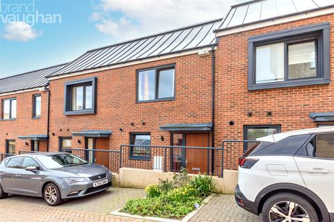 2 bedroom terraced house for sale - Manor Road, Brighton, BN2