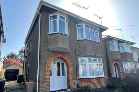 2 bedroom apartment to rent - Barnes Crescent, Bournemouth, BH10