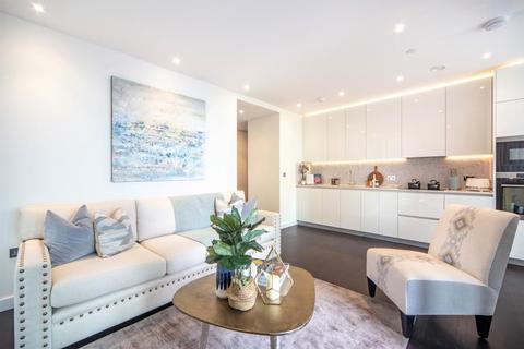 2 bedroom apartment to rent - Thornes House, SW11