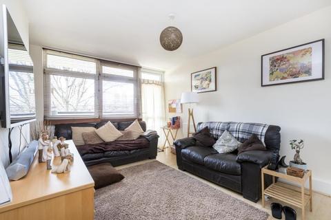2 bedroom terraced house for sale - Ethelburga Street, London, SW11