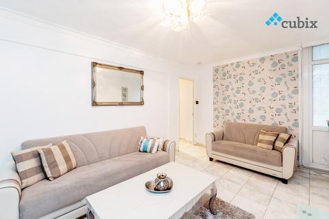 3 bedroom flat to rent - Hillingdon Street SE17