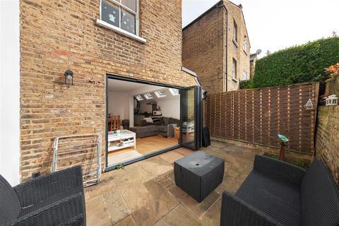 2 bedroom flat to rent - Iffley Road, W6