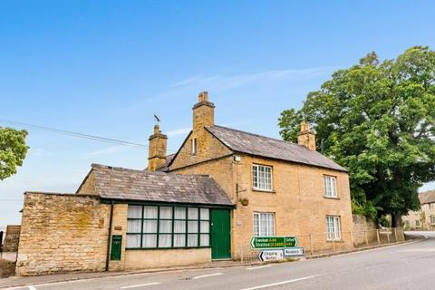 5 bedroom detached house to rent - Oxford Road,  Enstone,  OX7