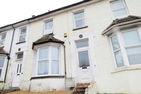 3 bedroom terraced house to rent - Norwich Road, Bournemouth, Bournemouth