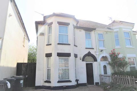 5 bedroom semi-detached house to rent - Stewart Road, Charminster, Bournemouth
