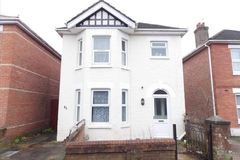 5 bedroom detached house to rent - Alton Road, Bournemouth