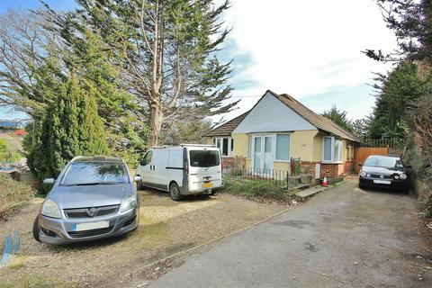 3 bedroom bungalow for sale - Alder Road, Parkstone, Poole