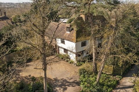 6 bedroom manor house for sale - Musket Lane, Hollingbourne