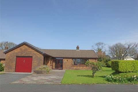 3 bedroom bungalow for sale - Bloomfield Gardens, Narberth, Pembrokeshire, SA67