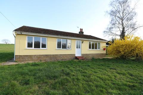 3 bedroom detached bungalow to rent - Grove Farm Bungalow, Redgrave