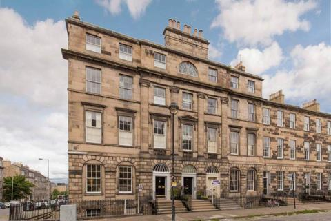 3 bedroom flat to rent - Great King Street, New Town, City Centre
