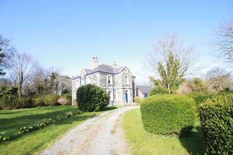 4 bedroom detached house for sale - Pentir, Gwynedd