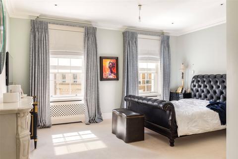 2 bedroom apartment to rent - West Halkin Street, Belgravia, SW1X
