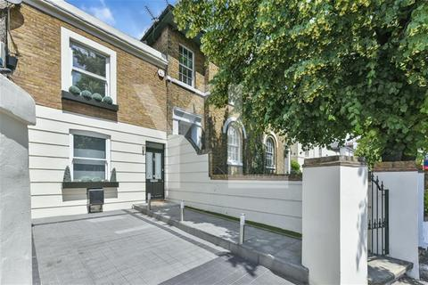 2 bedroom terraced house for sale - Shooters Hill Road, Blackheath